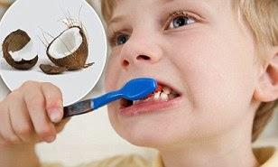 tác dụng dầu dừa với răng miệng
